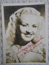 Betty Grable Hollywood Actress – Original Autograph